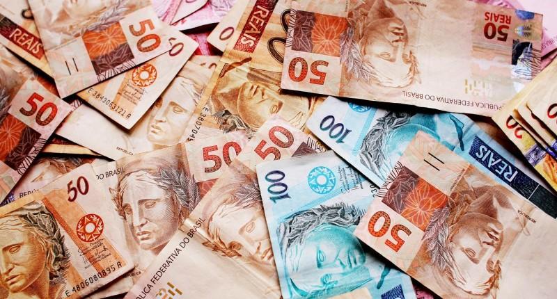 Bancária que transportava valores sem segurança será indenizada