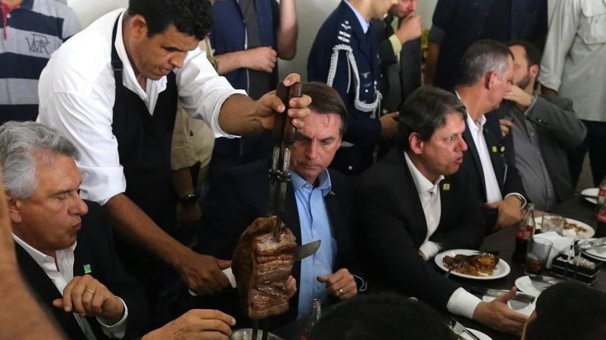 Bolsonaro não vai fazer nada para impedir alta da carne bovina