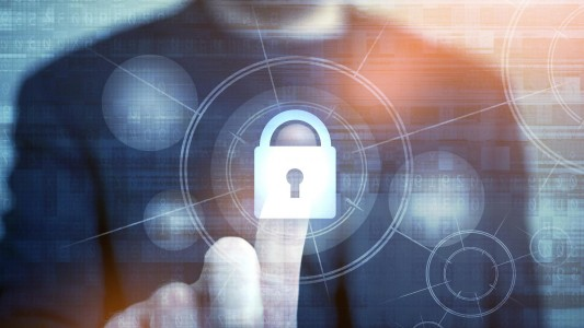 Como a privatização de duas estatais coloca em risco a segurança dos seus dados