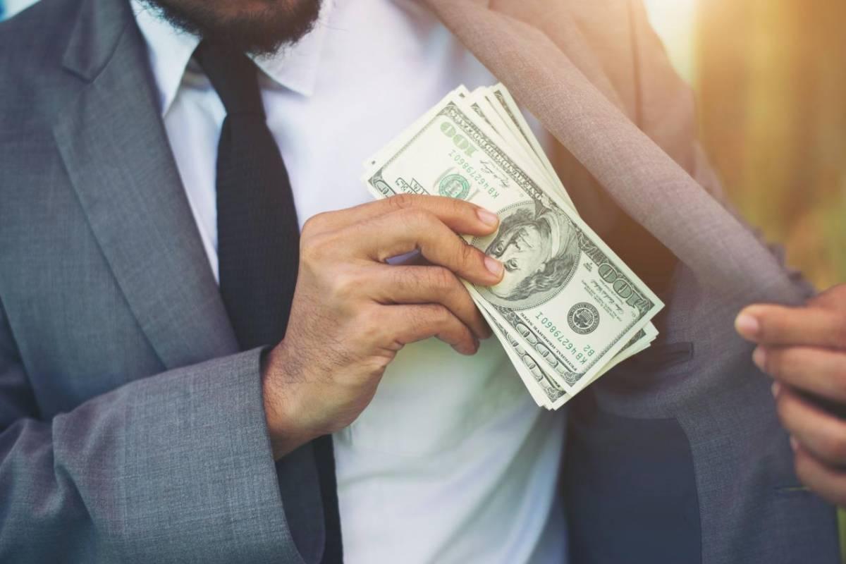 2.153 bilionários detêm a riqueza de 60% da população mundial