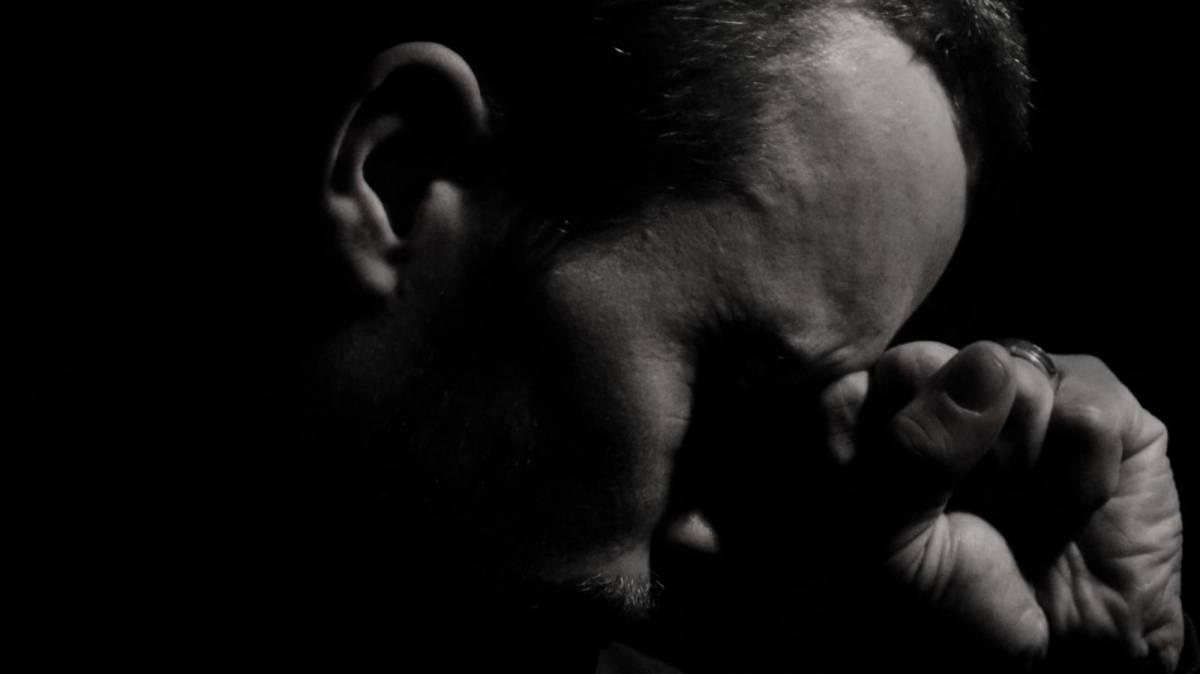 Juíza condena empresa que dispensou trabalhador com depressão