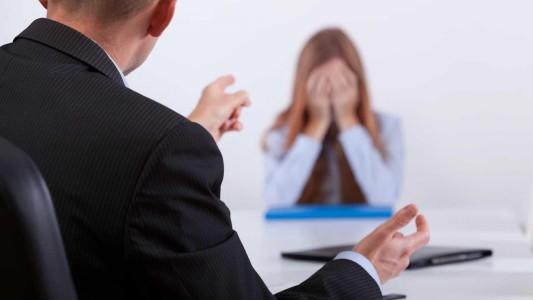TST condena empresa a indenizar funcionária chamada de pica pau