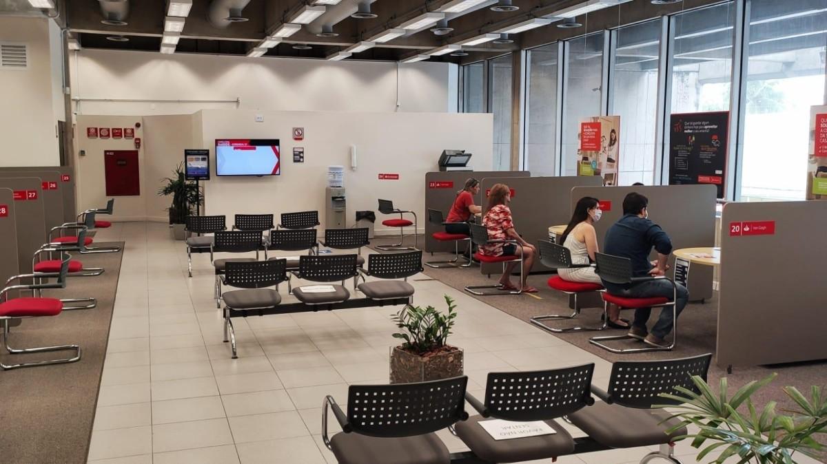 Home office vira moeda de troca para entrega de metas no Santander