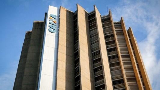 Bolsonaro usa Caixa em troca de apoio do 'Centrão'