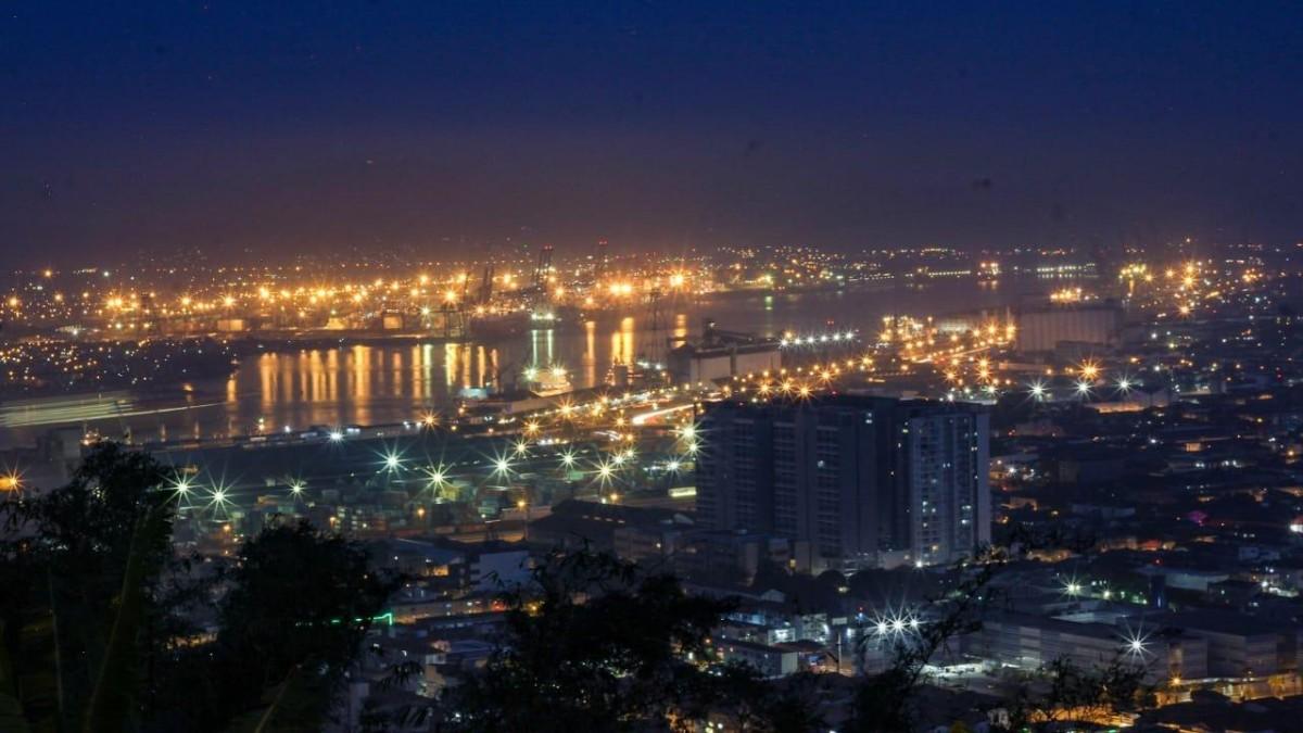 Incidência de covid-19 em Santos é cinco vezes maior que no Brasil