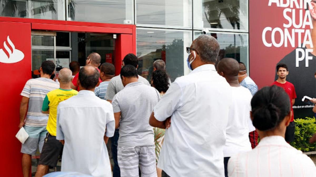 Quem faz e paga o lucro recorde do Santander?