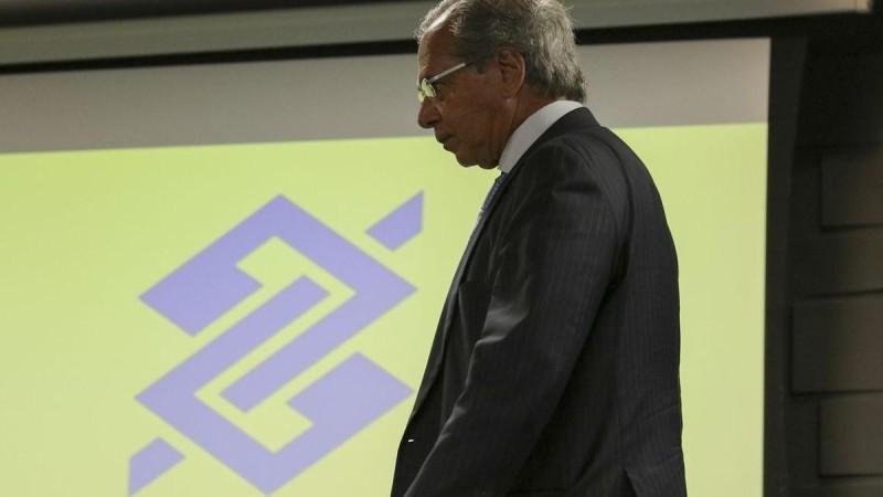 Guedes sonha vender o Banco do Brasil: como isso afetaria a população brasileira?