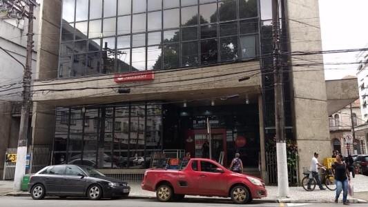 Santander: dezenas de bancários são infectados pela Covid-19, na região