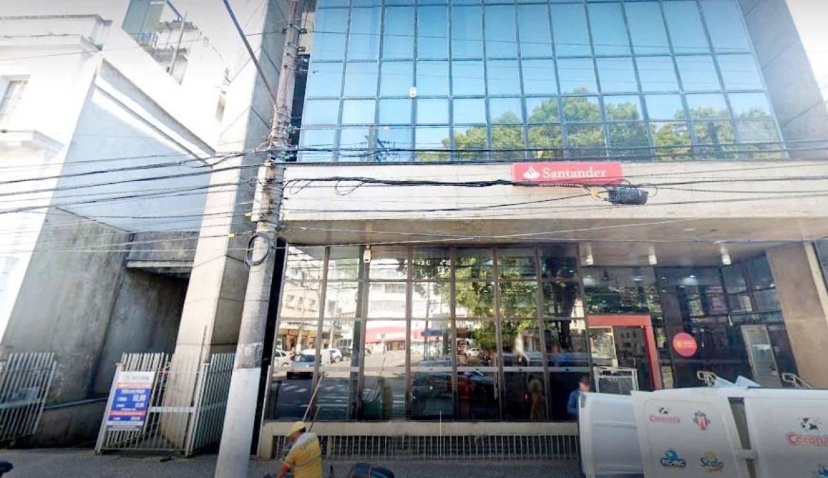 Santander tem 13 bancários com Covid-19 na Baixada Santista