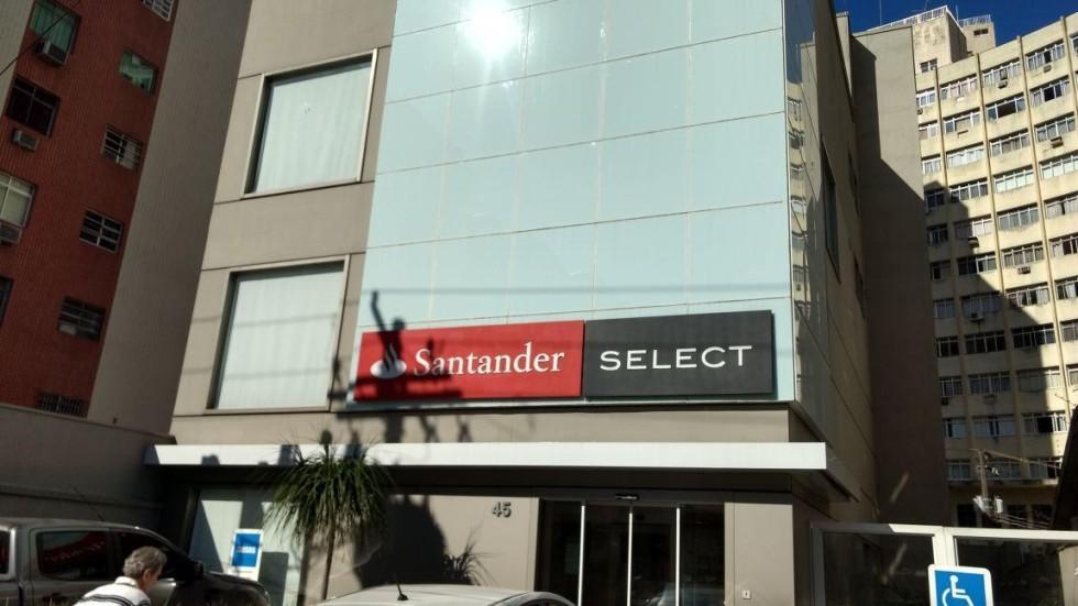 [Santander 5.0: bancários têm que trazer papel higiênico de casa]