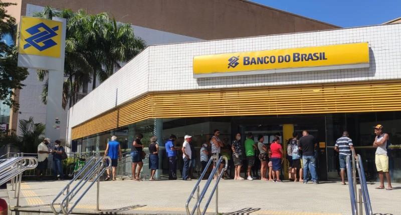 Banco do Brasil convoca retorno ao trabalho presencial
