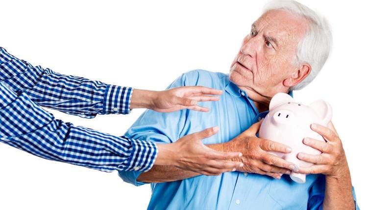 Santander quer se apropriar de parte reajuste dos aposentados