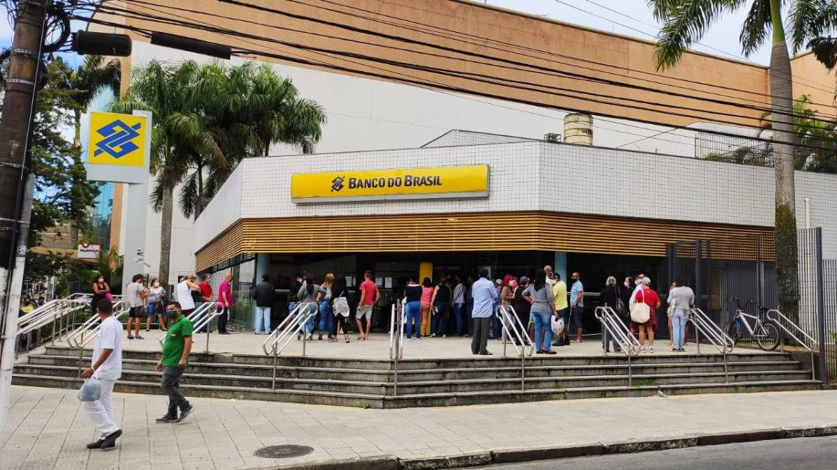 Banco do Brasil quer retirar direitos dos funcionários