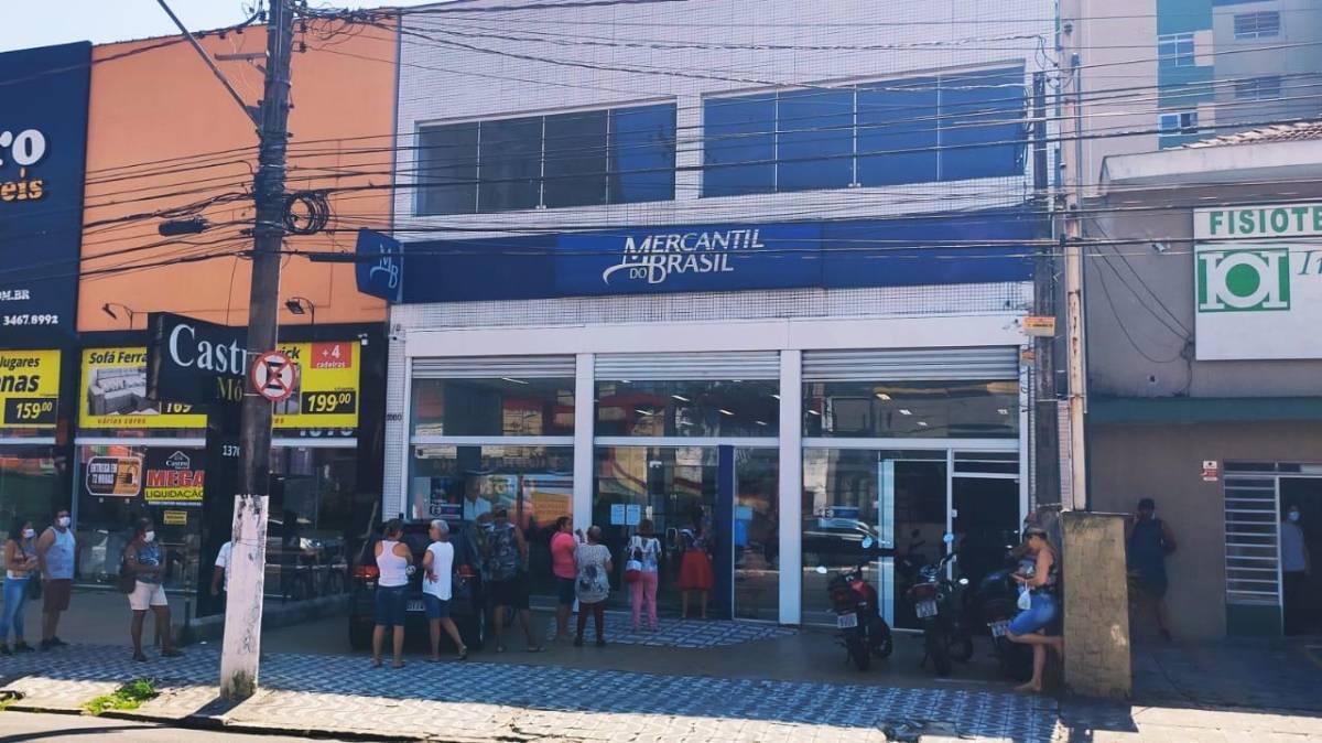 Bancários denunciam aumento de metas em plena pandemia no Mercantil