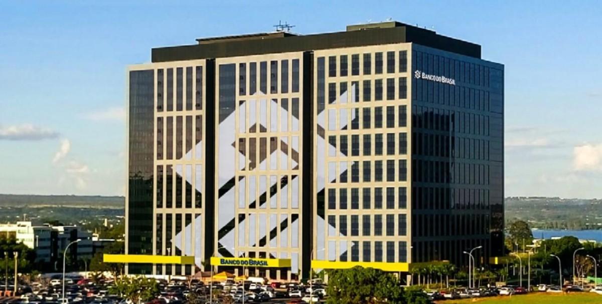 """Justiça: funcionários do BB devem voltar ao """"home office"""""""