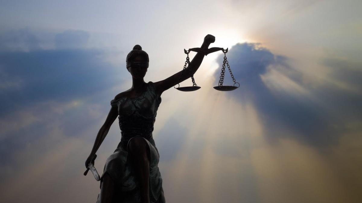 Justiça proíbe Santander de discriminar, perseguir e demitir funcionários acometidos de doença ocupacional