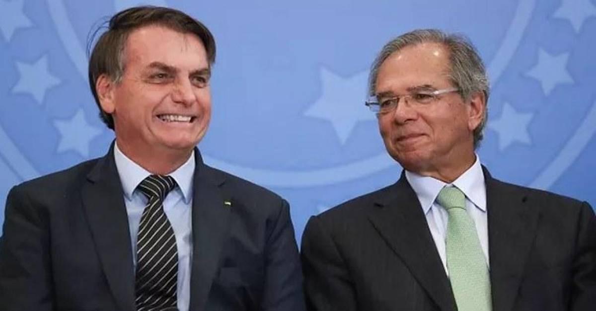 Bolsonaro reduz auxílio emergencial para R$ 300