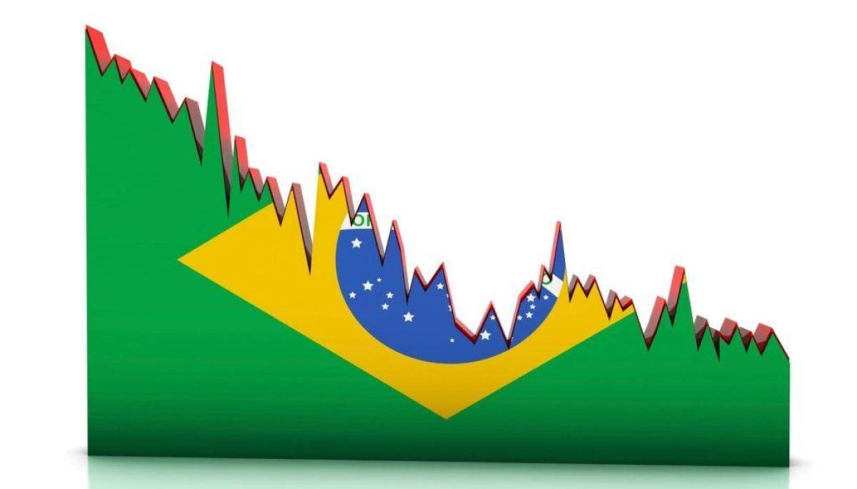 Brasil entra em recessão com tombo recorde no PIB de 9,7% no trimestre