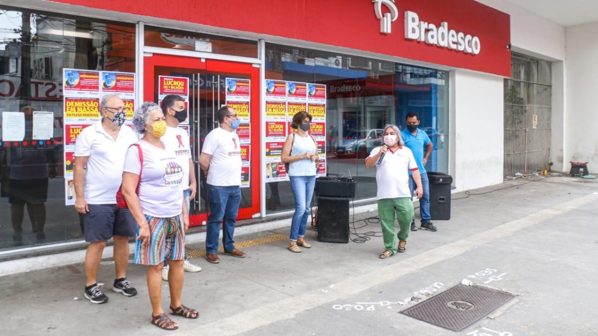 Dia Nacional de Luta contra demissões no Bradesco tem paralisações