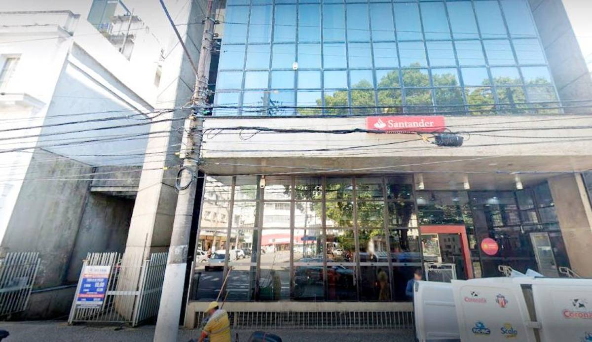Somente após exigência Santander pagará abono para demitidos