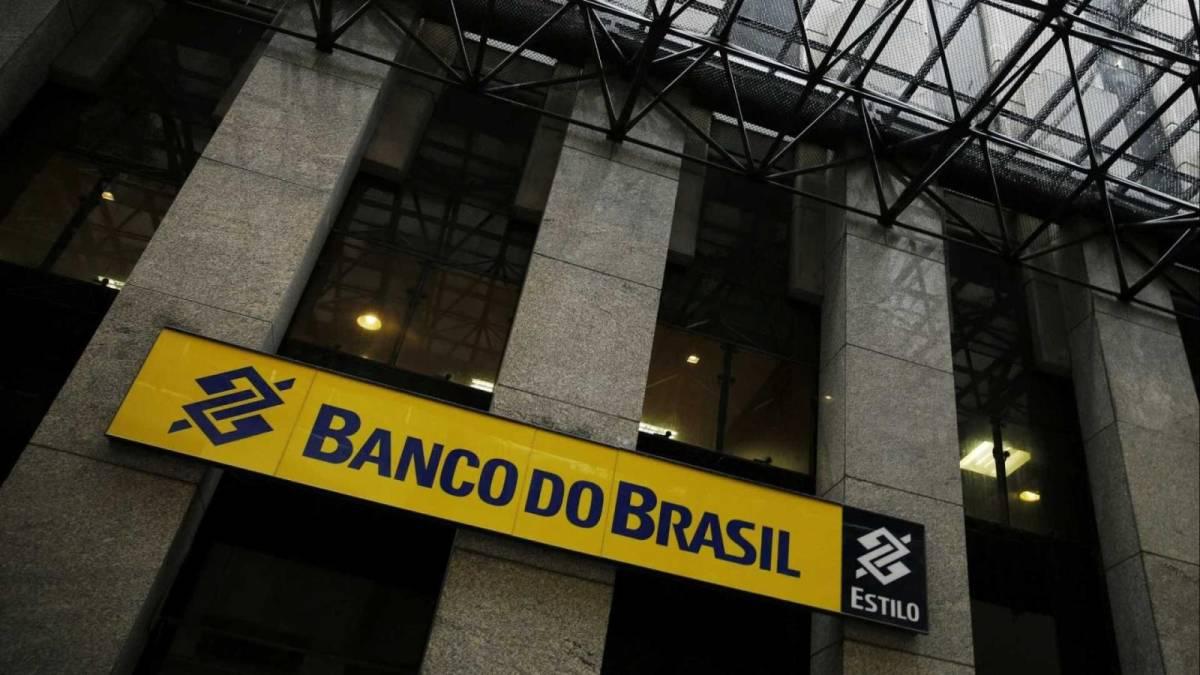Banco do Brasil amplia horário de atendimento até 15h