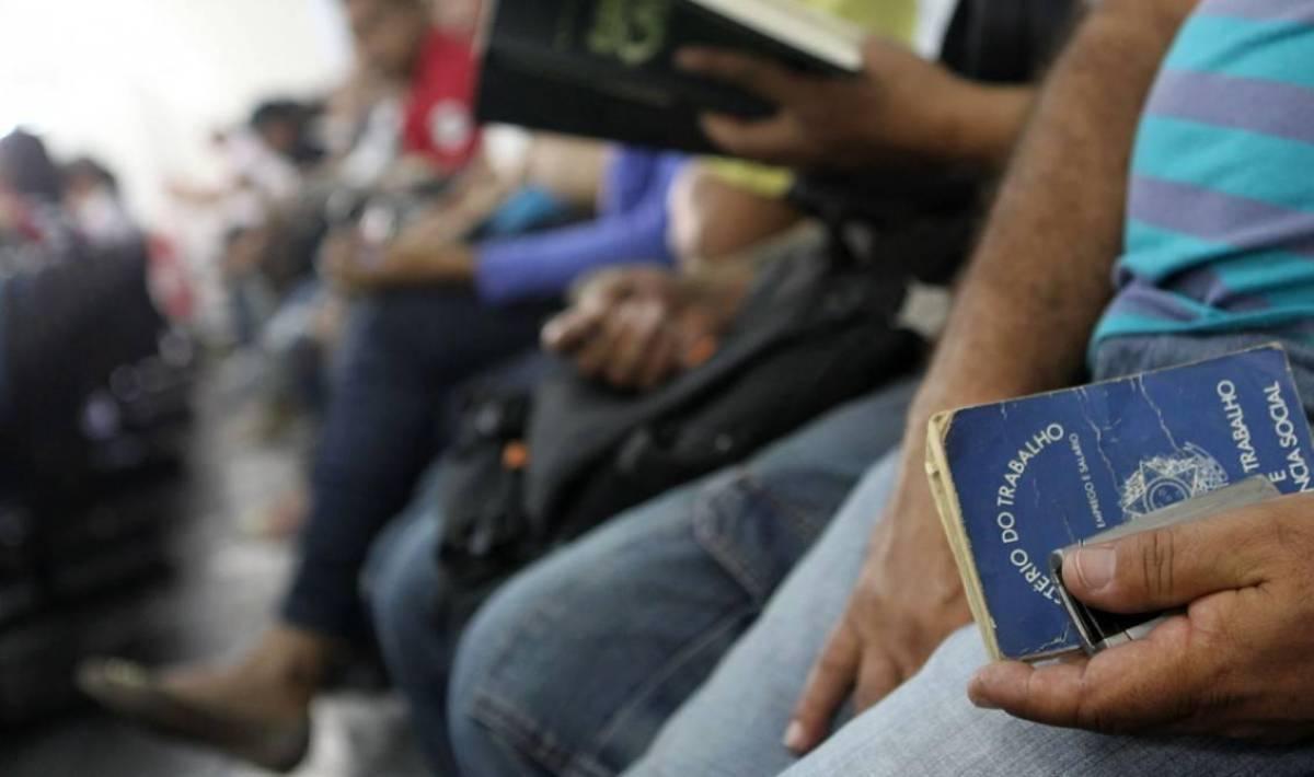 Governo e patrões vetam parcelas extras de seguro-desemprego