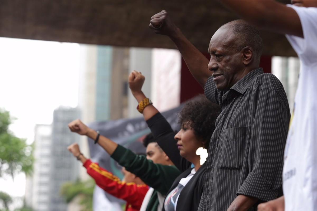 Luta sindical faz Santander respeitar feriado da Consciência Negra