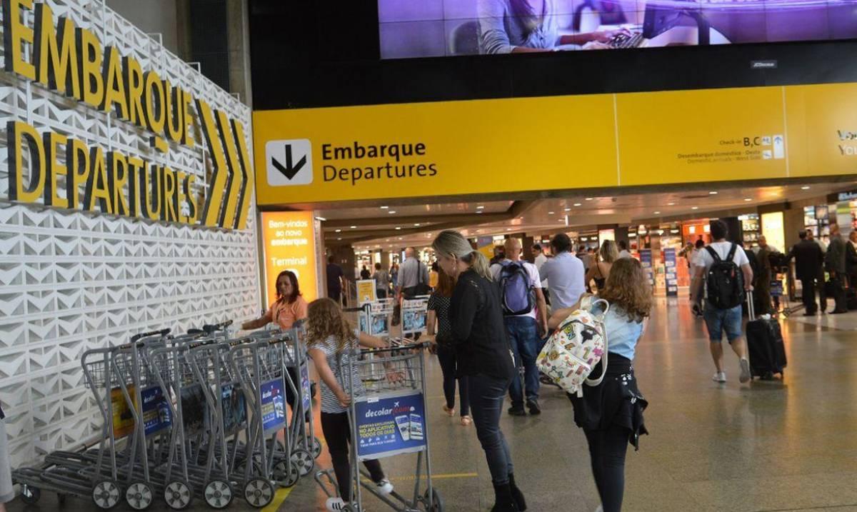 Brasil não deve barrar voos da Inglaterra mesmo com cepa mais contagiosa