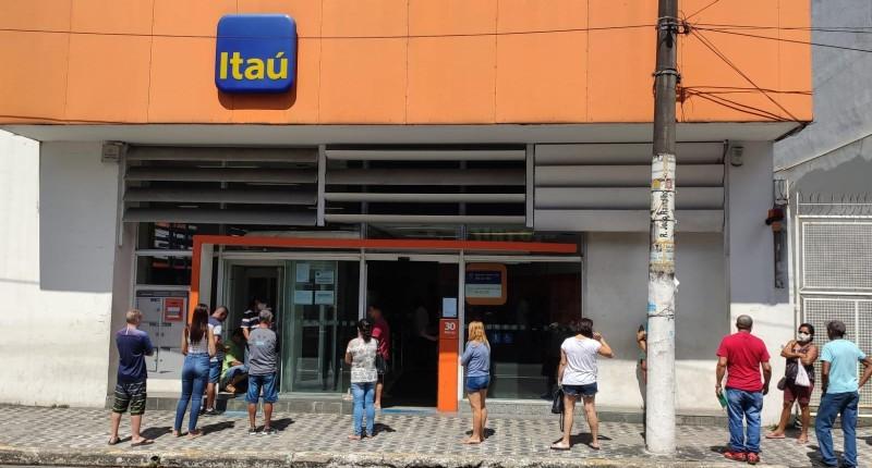 Itaú estende prazo para entrega de laudos médicos