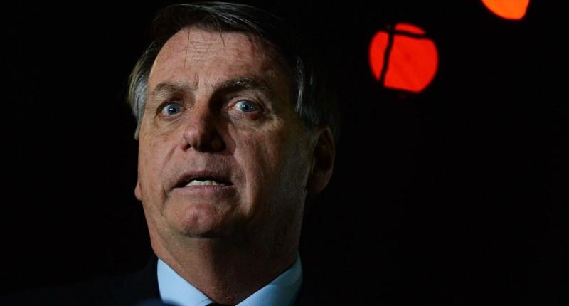 Ao demitir Brandão, Bolsonaro busca eximir-se de responsabilidade sobre o desmonte do BB