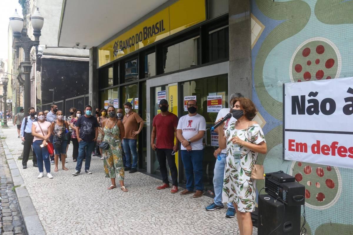 Agências do BB são paralisadas em Santos/SP