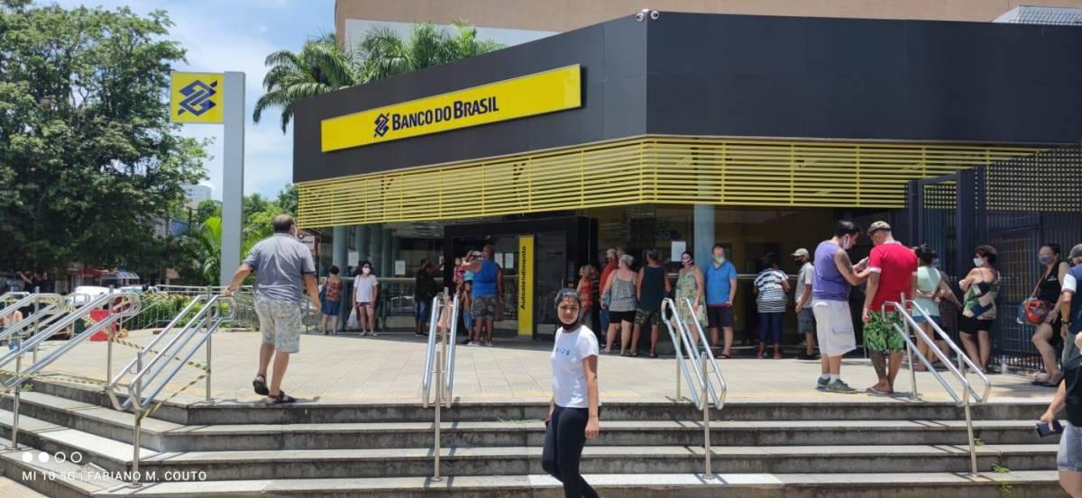 BB pretende desligar 5 mil bancários e fechar 361 unidades