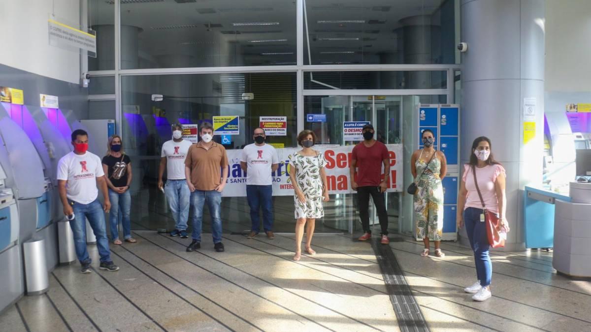 Banco do Brasil - Ato contra reestruturação - Centro de Santos