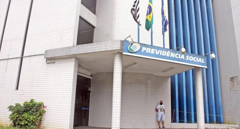 INSS suspende prova de vida de aposentados até abril