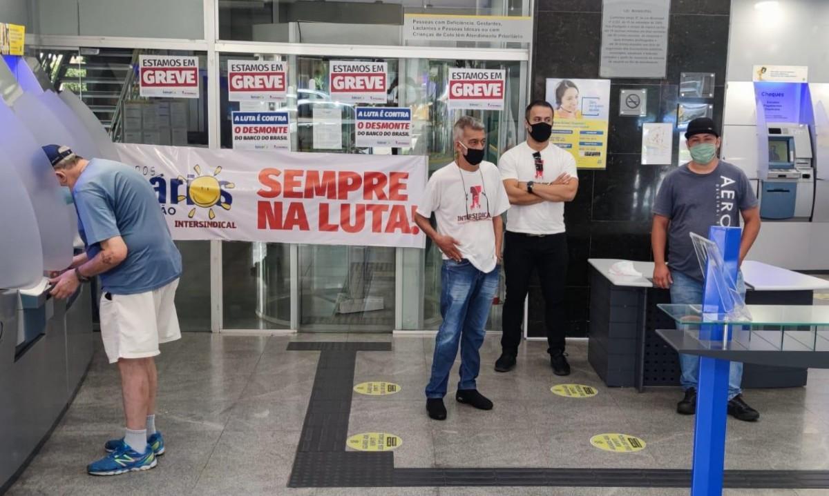 Funcionários do BB pressionam banco a abrir informações sobre reestruturação