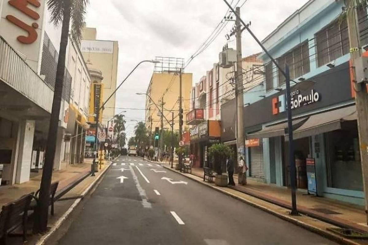 Governo de SP deve anunciar medidas de restrição de circulação noturna