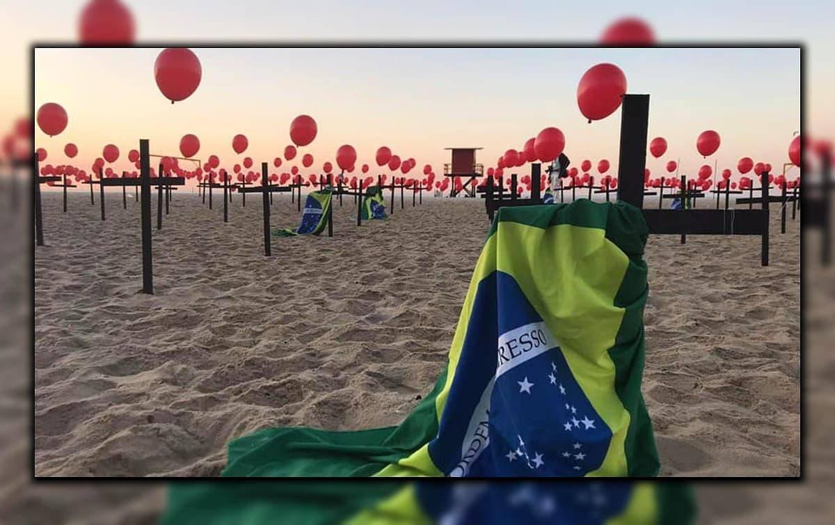 """""""Gripezinha de Bolsonaro"""" mata mais de 300 mil pessoas"""