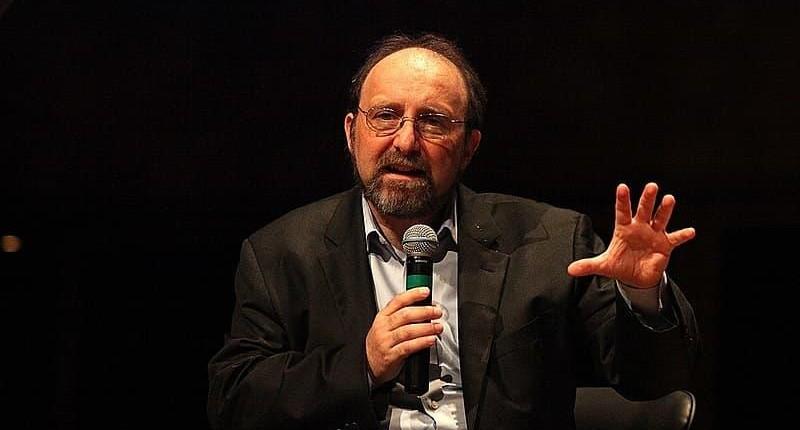 Número de mortes no Brasil pode dobrar no final de março, alerta Nicolelis