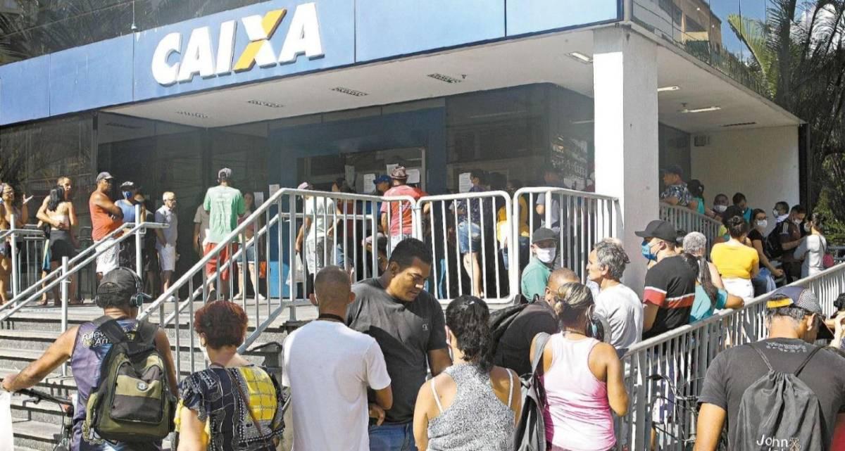 Falta de informações do governo tumultua pagamento do auxílio emergencial