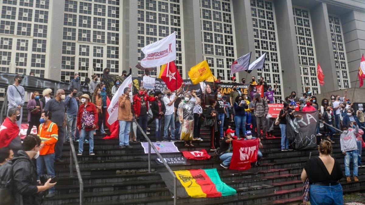 Baixada Santista protesta contra Chacina de Jacarezinho e pelo fim do genocídio