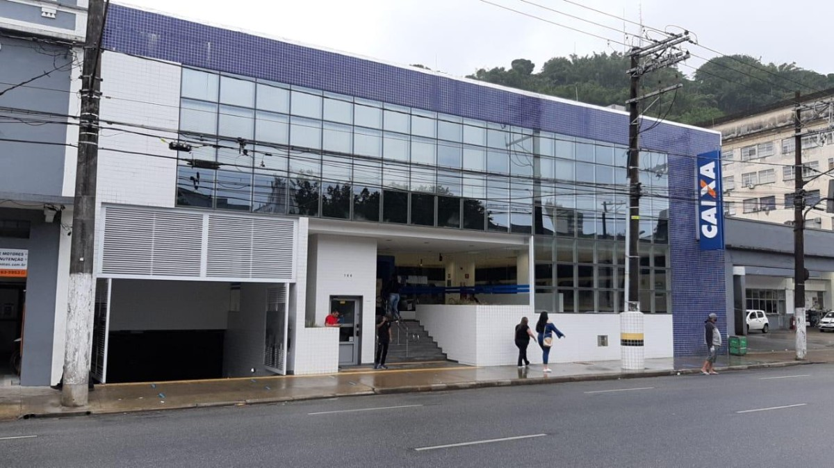 Agência da Caixa em Santos tem surto de covid com 7 contaminados