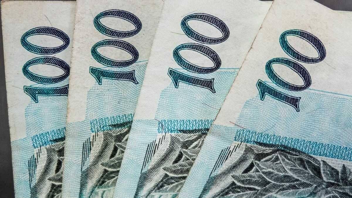 Banco é condenado a honrar pagamento de bônus após fim de contrato