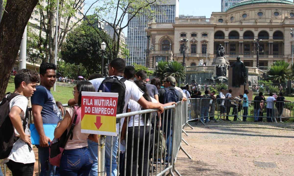Trabalhadores farão protestos no dia 18 e apoiam manifestações do 19J
