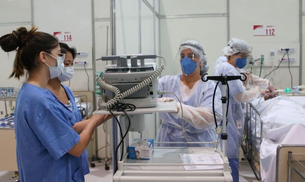 Mesmo assintomáticos, curados e vacinados podem transmitir o covid