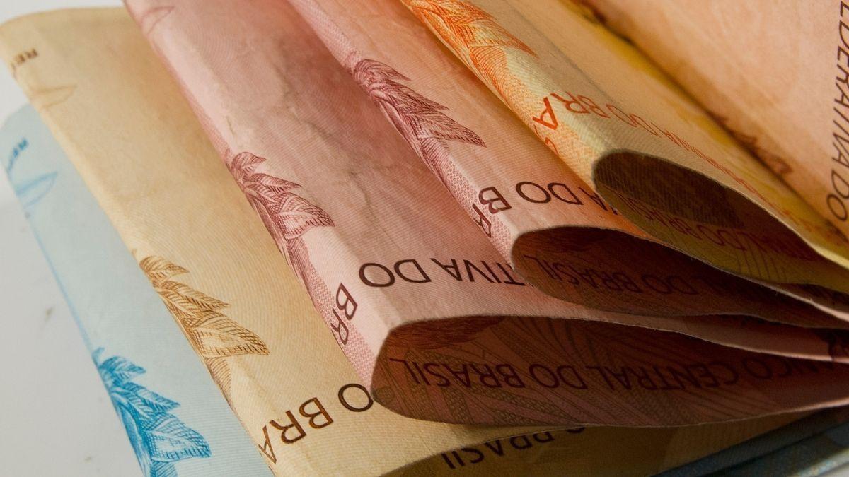 Movimento sindical solicita à Caixa antecipação do pagamento da PLR