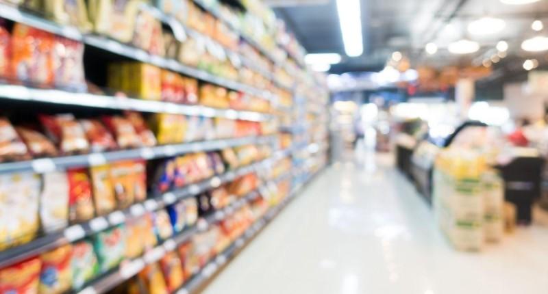 Custo da cesta básica toma até 65% do salário mínimo