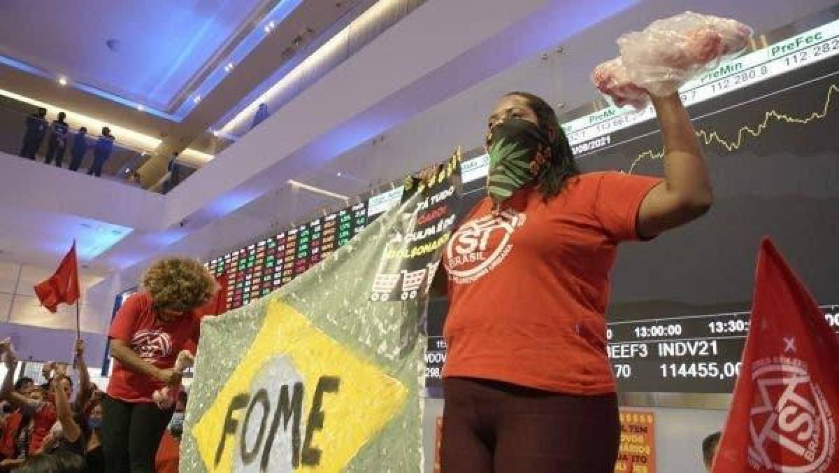 Trabalhadores ocupam Bovespa em protesto contra a fome e a inflação