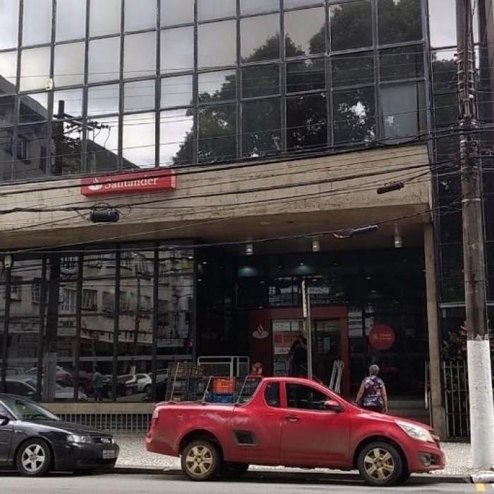 TST dá direito a bancário do Santander entrar com nova ação de indenização