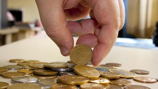 Economistas apostam em inflação maior e PIB menor em 2021