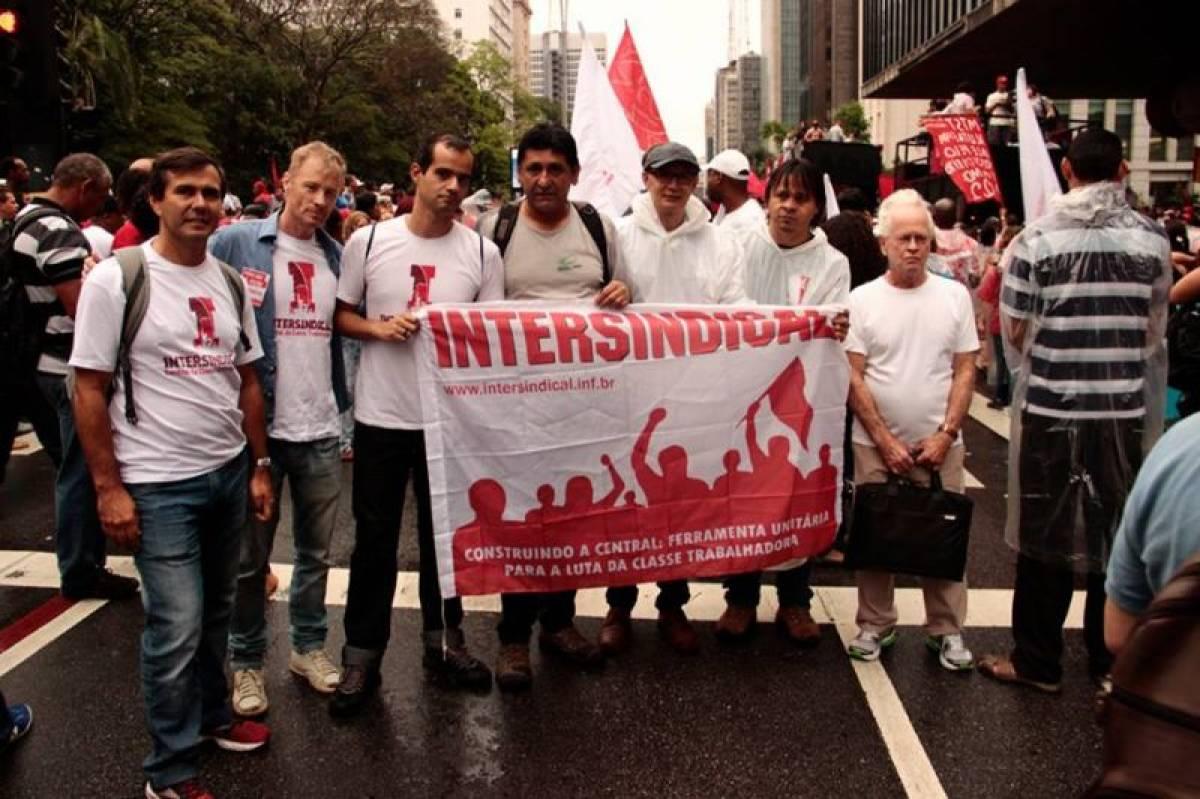 Marcha popular pelas reformas: contra a direita, por direitos!